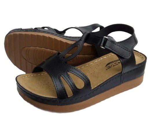 Черни дамски сандали VIP*STAR за широки крака